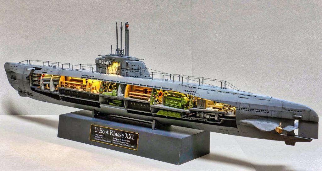 German Naval Submarine U-Boat XXI Type w. Interieur