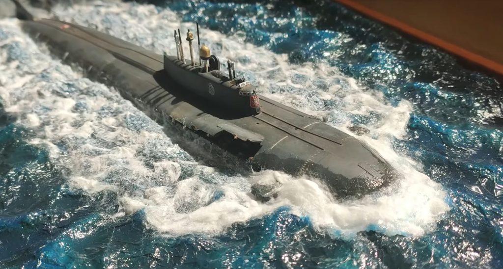 Российская атомная подводная лодка К-141 Курск