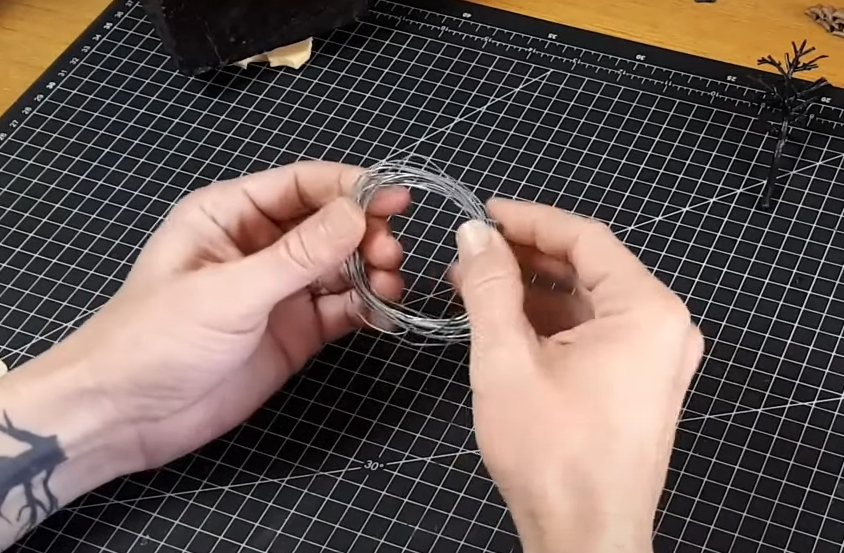 Step 1: Cut the Wire Into Small Pieces